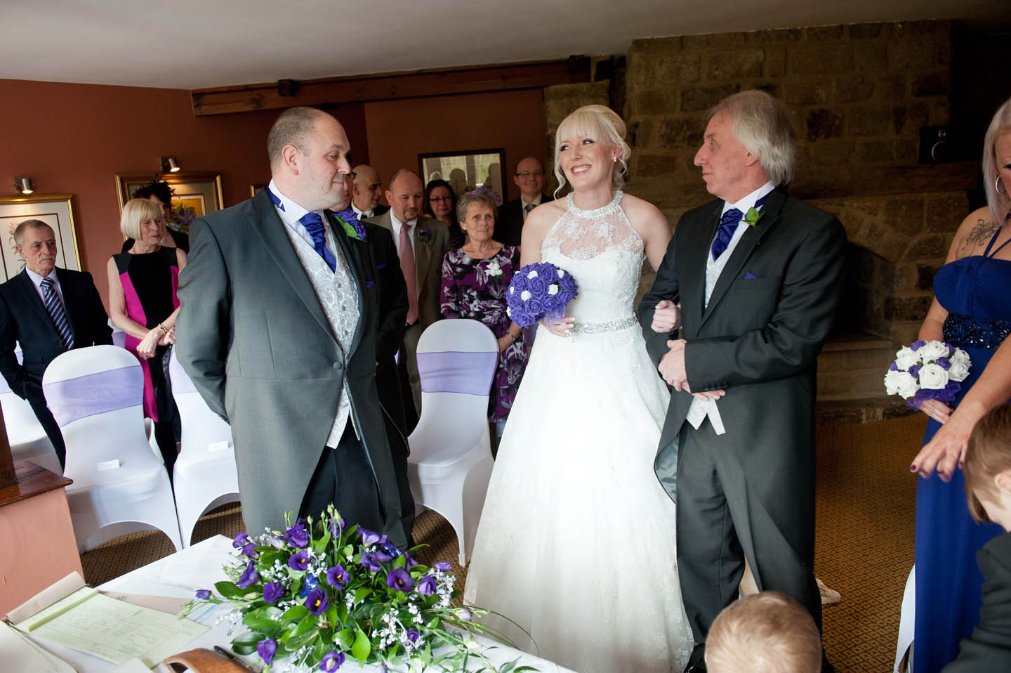 chevin_park_hotel_wedding_photographs_13