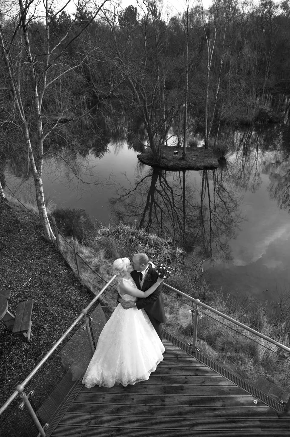 chevin_park_hotel_wedding_photographs_16