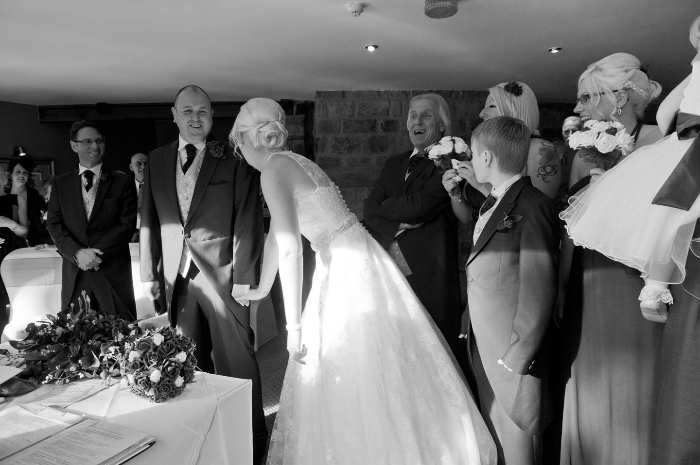 chevin_park_hotel_wedding_photographs_24
