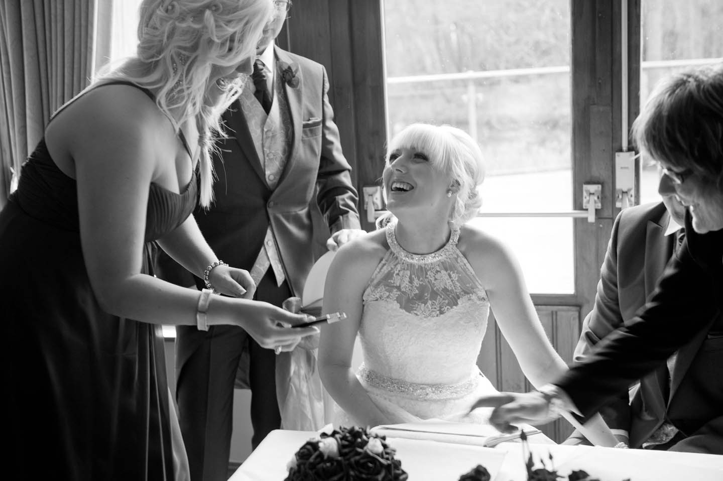 chevin_park_hotel_wedding_photographs_25
