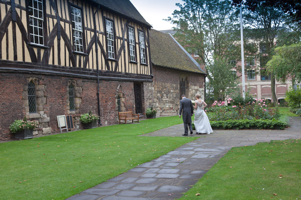 wedding_photography_merchant_adventurers_york_054